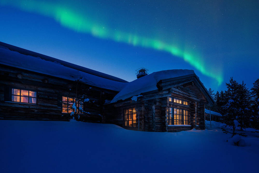 Northern Lights over L7 Luxury Lodge