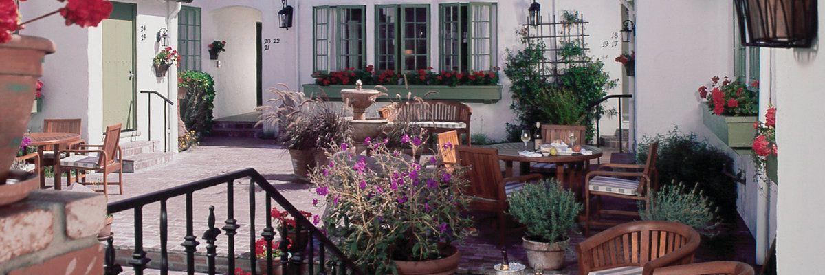 L'Auberge, Carmel