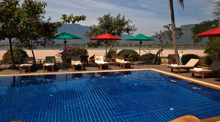 Settha palace vientiane holidays 2019 2020 luxury - Settha palace hotel swimming pool ...