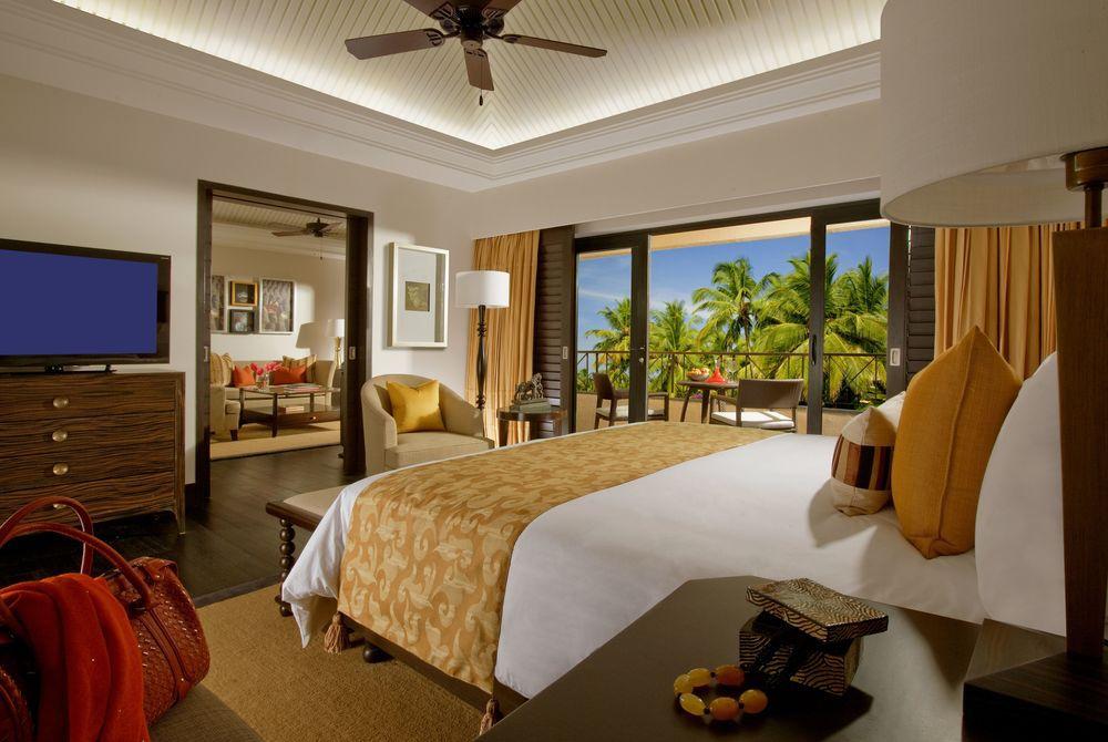 Lagoon Suite Bedroom, The Leela Goa
