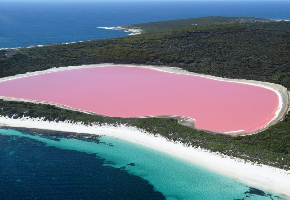 Lake Hillier in Middle Island Australia