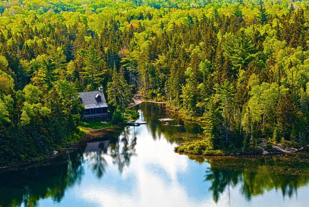 Lake Sacacomie, Québec