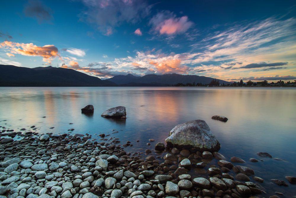 Lake Te Anau / New Zealand