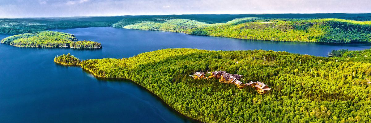 Lake of Sacacomie, Québec, Canada