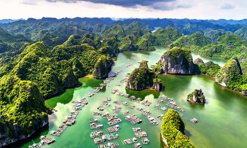 Lan Ha Bay, Halong Bay