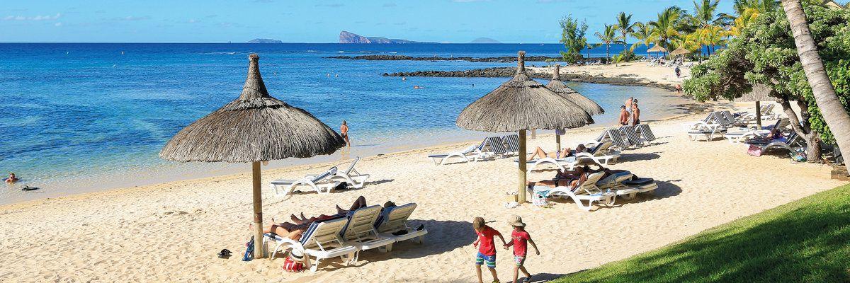 Le Canonnier Hotel beach