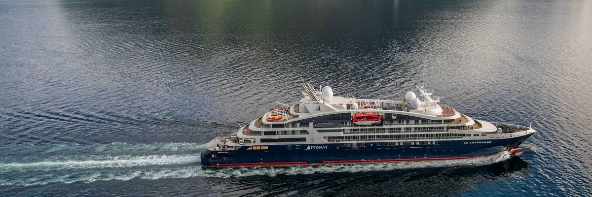 Le Lapérouse christened in Iceland