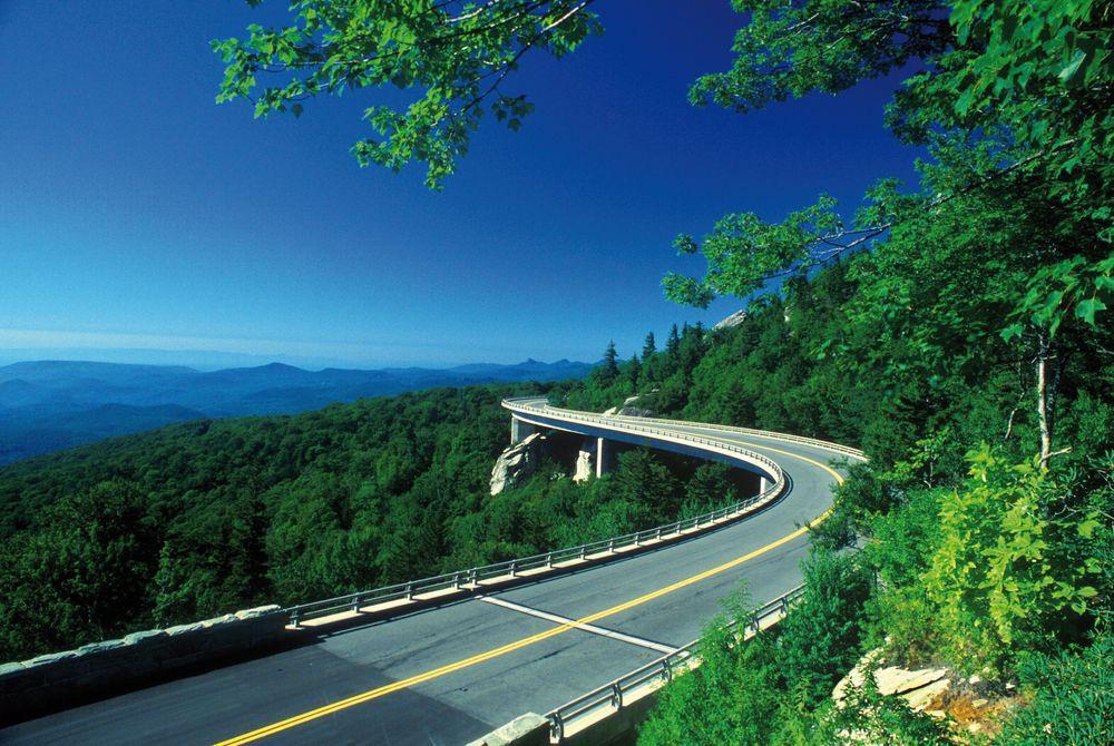 Linn Cove Viaduct, Grandfather Mountain, North Carolina