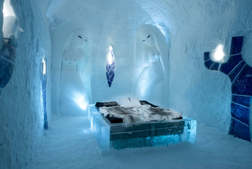 Living With Angels Art Suite, ICEHOTEL 365 2017 (© Asaf Kliger)
