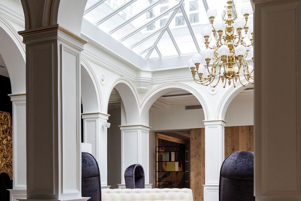 Lobby, Gran Melia Palacio de los Duques, Madrid