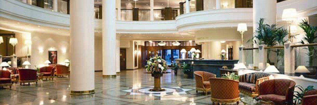 Lobby, Marriott Royal Aurora