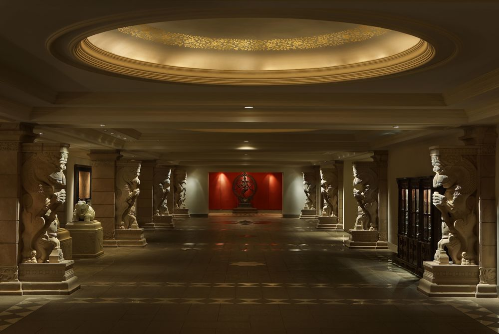 Lobby with Natraj, The Leela Goa