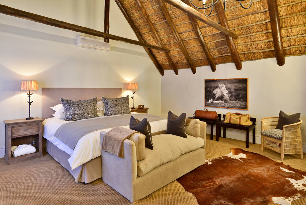 Lobengula Lodge - room