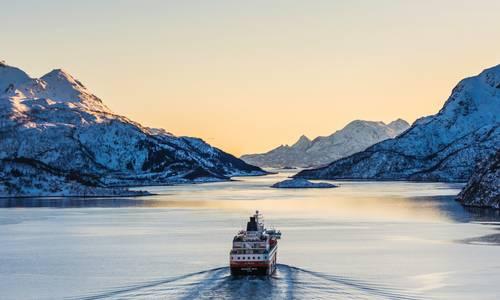 Lofoten Islands, Hurtigruten Cruise