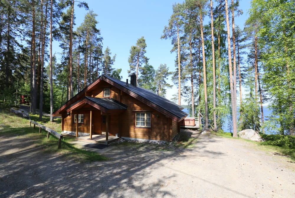 Log cabin, Lehmonkarki Hotel, Asikkala, Finland