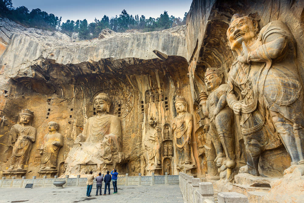 Longman Grottoes, Luoyang