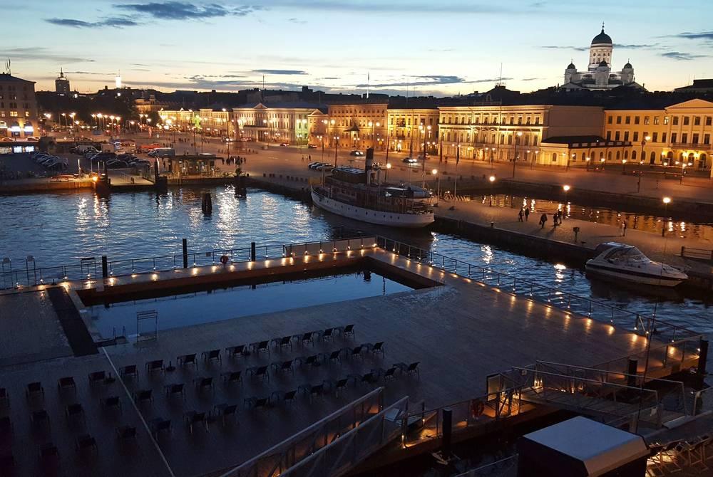 MS J.L. Runeberg and Allas Sea Pool, Helsinki