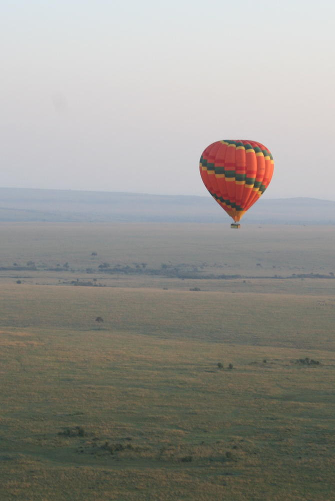 Hot air ballooning over the Maasai Mara, Kenya