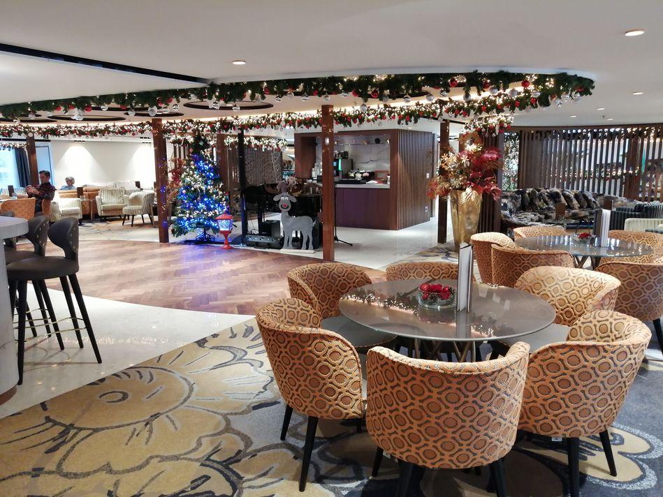 Main Lounge, AmaMagna, AmaWaterways