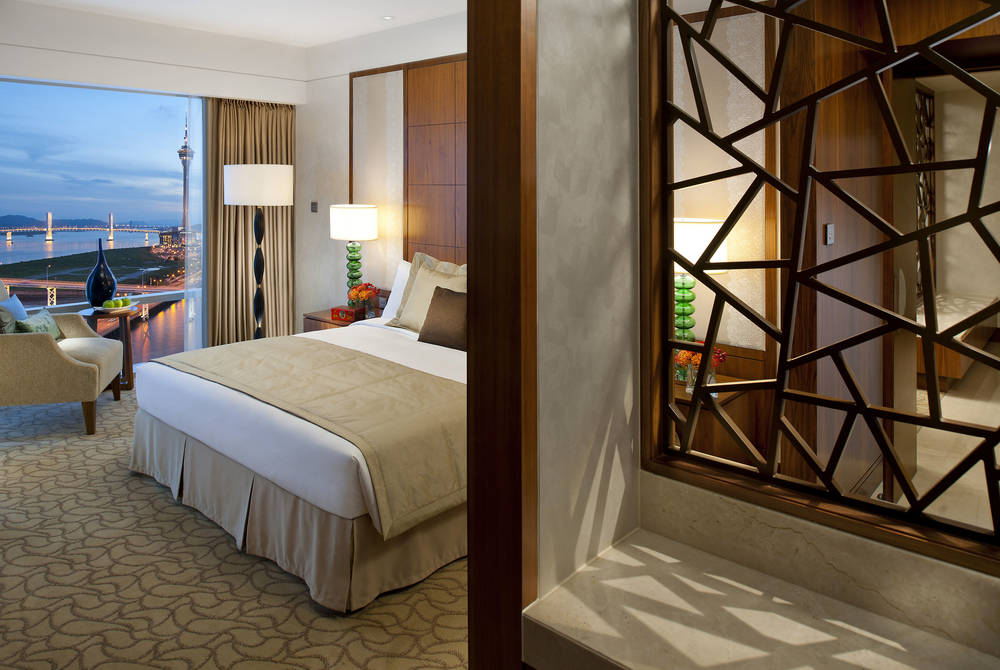Room, Mandarin Oriental