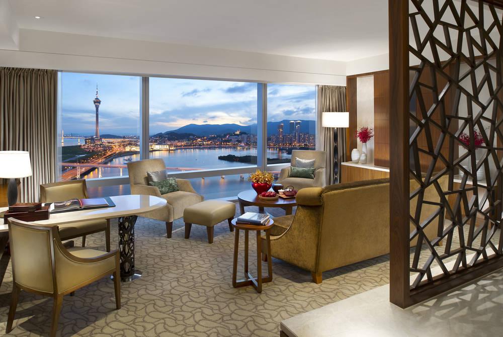 Suite, Mandarin Oriental