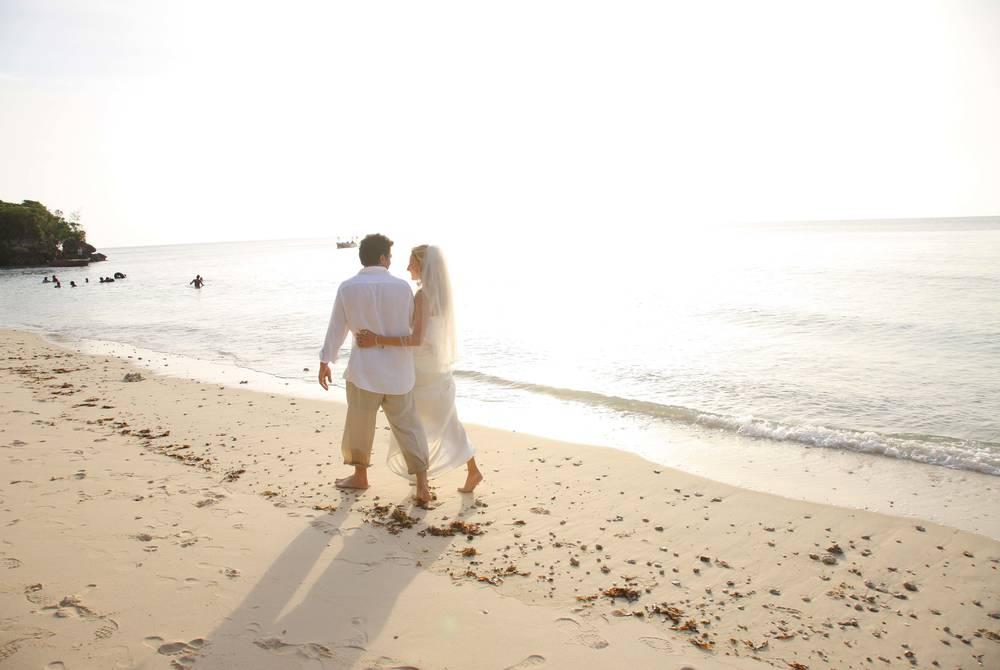 Mangapwani Beach