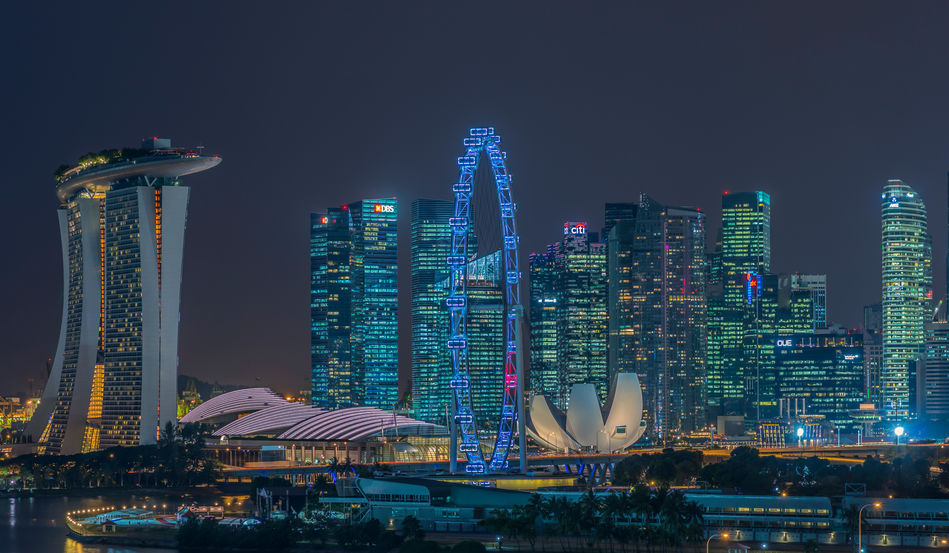 Singapore's Marina Bay at night