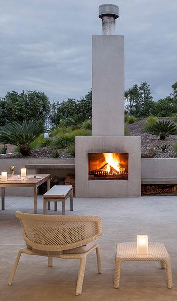 Outdoor fireplace, Marino Ridge