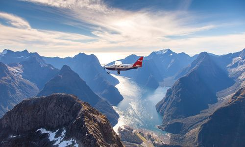Milford Sound Return Flight & Cruise