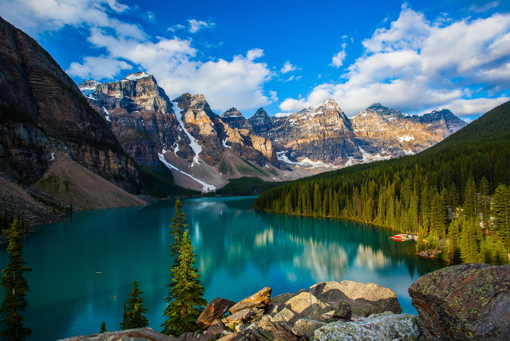 Moraine Lake and mountains, Banff National Park, Alberta