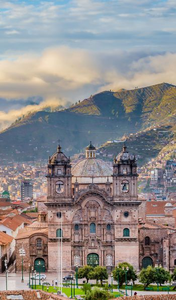 Sunrise over Plaza de Armas, Cusco