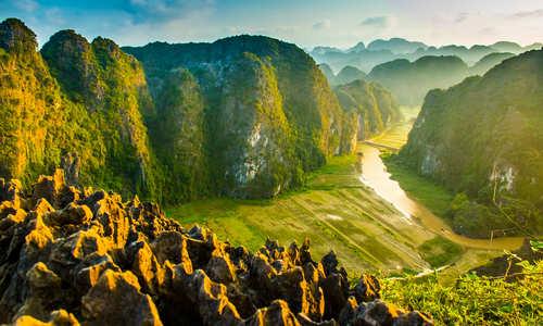 Mua Cave mountain, Ninh Binh, Tam Coc in Vietnam