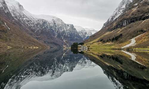 Discover the Norwegian fjords in winter