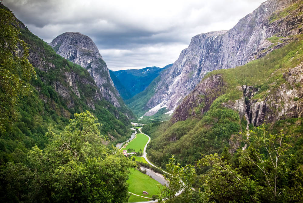 Naeroydalen Valley from Stalheimskleiva road