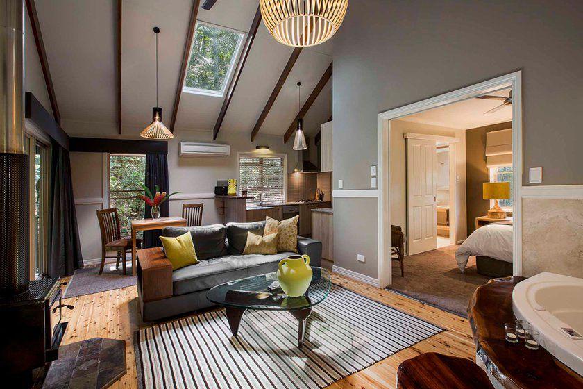 Room at Narrows Escape Rainforest Retreat