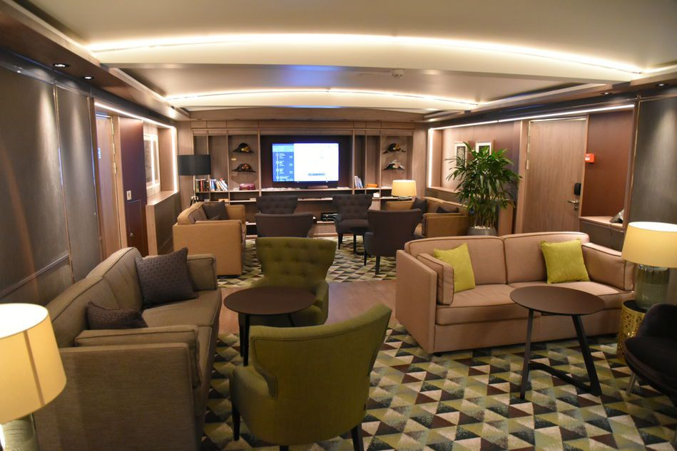 Ms Koningsdam A Ships Tour The Luxury Cruise Company