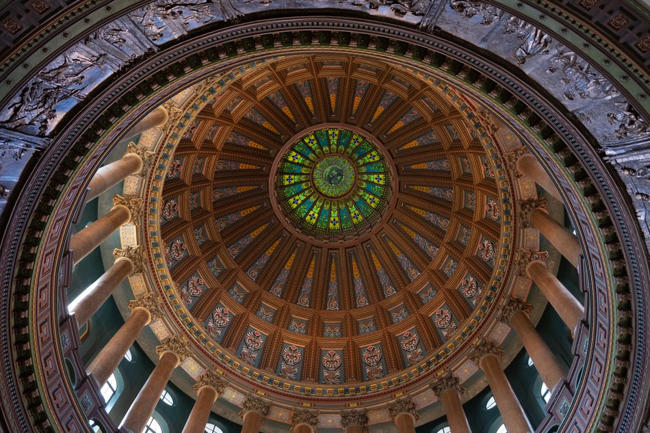 Glass roof of the Illinois State Capitol