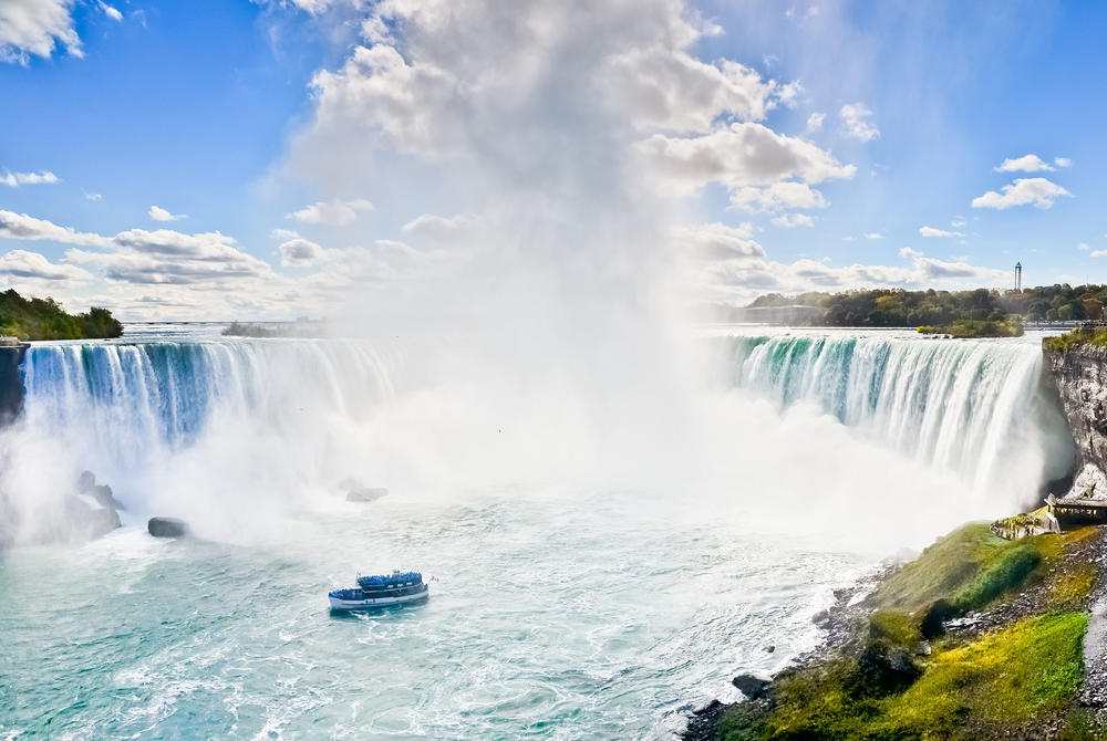 Boat at Niagara Falls, Ontario