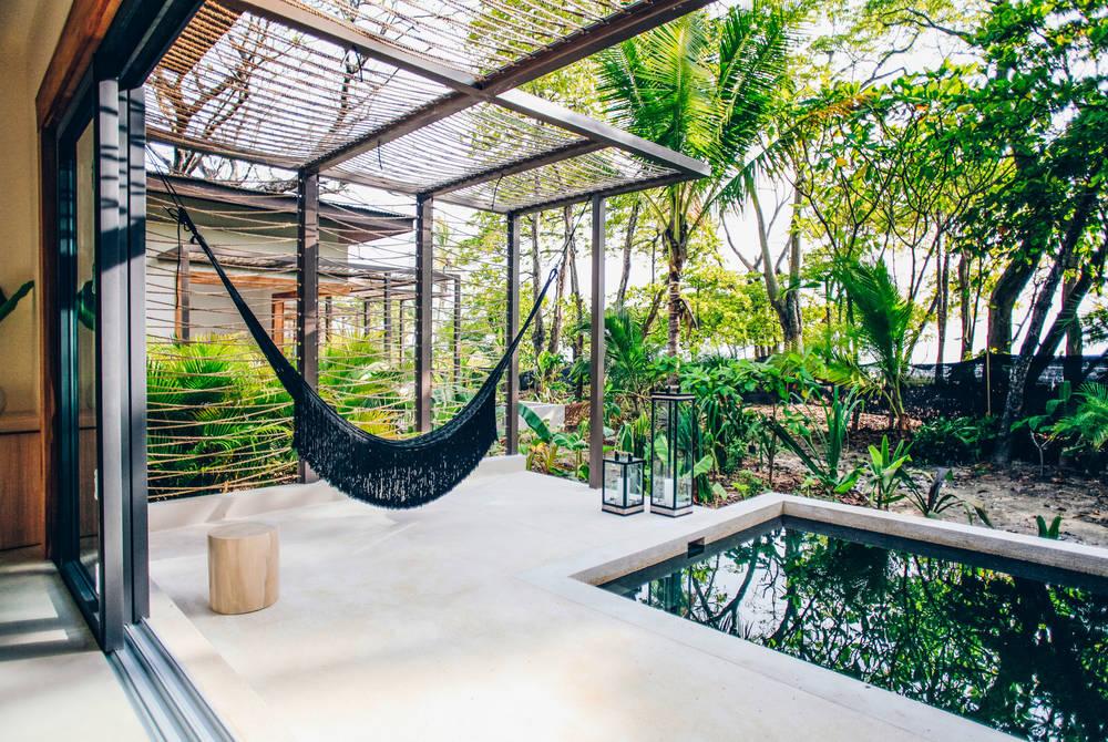 Pool suite, Nantipa Hotel