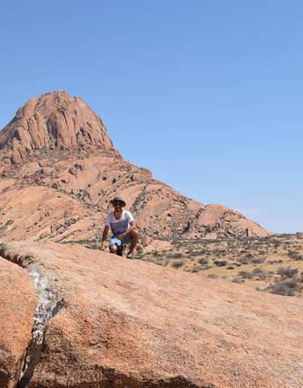 Norire Arakelyan in Spitzkoppe, Namibia