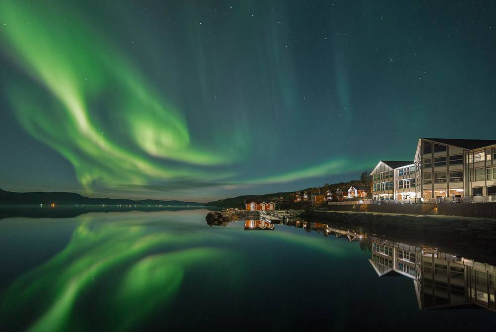 Northern Lights at Malangen Resort (Credit: David González Foto)