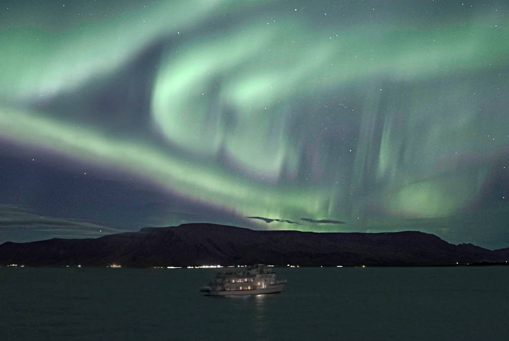 Northern Lights by Boat, Special Tours