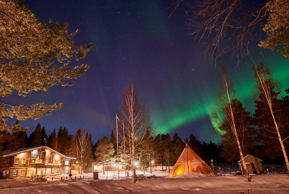 Northern Lights dinner at Brändön Lodge