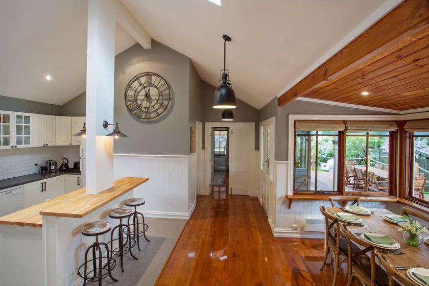 Oak Leaf Kitchen