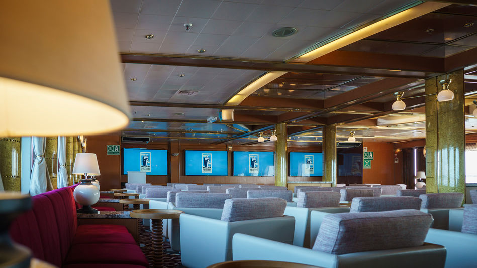 Oceanus Lounge, Sea Spirit, Posiedon Expeditions