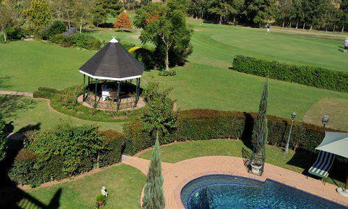 Oliver's Restaurant & Lodge - Garden 4
