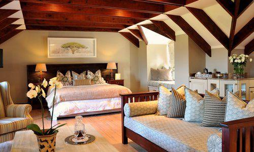Oliver's Restaurant & Lodge - Luxury Room 9 - 01