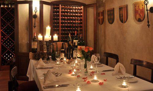 Oliver's Restaurant & Lodge - Wine Cellar 02