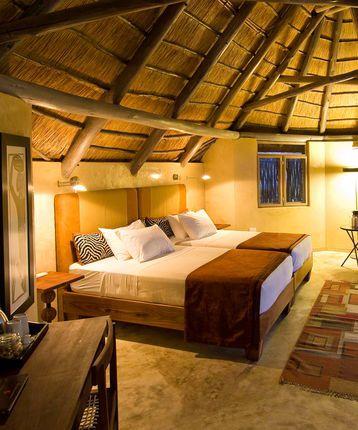 Bedroom, Ongava Lodge