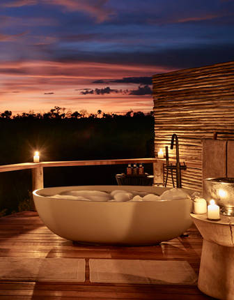 Outdoor bath, Sanctuary Baines Camp, Botswana